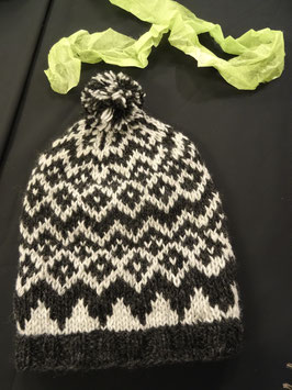 bonnet en laine avec pompon