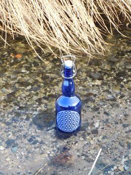 Bügelflasche 0,75 ltr. mit Blume des Lebens V3