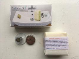 Handgemachte kleine Orangenseife mit Seifenhalterung von Savont