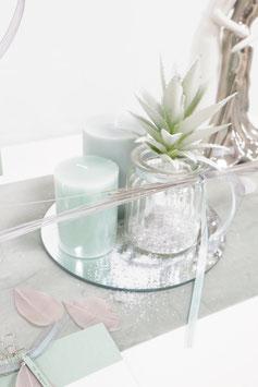 Glasgefäß mit Rillen