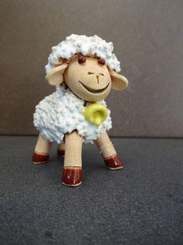 Pecorella H 6 cm., L 5 cm., P 3 cm. (circa)