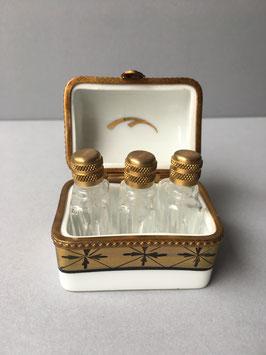 Mini parfumdoosje met 3 flesjes