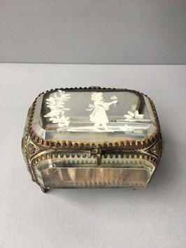 Antiek juwelendoosje geslepen glas