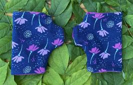 Blumen beere auf dunkelblau - Fingerlose Handschuhe Gr. 1