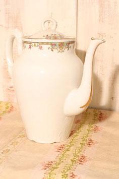 Jolie cafetière TLB porcelaine de Limoges