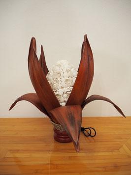 Muschellampe Palmblatt Lotus blühend (8 lange Blätter, ovale Lampenform, hellbraun)