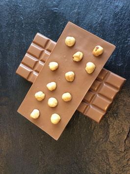 Vollmilch Schokolade 35% mit karamellisierten Haselnüssen  - 95 Gramm