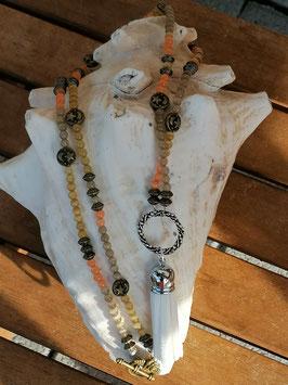 Lange Mala Perlen Halskette Clairy