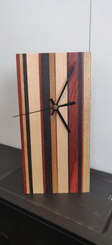 Bureauklok - gestreept met meerdere houtsoorten