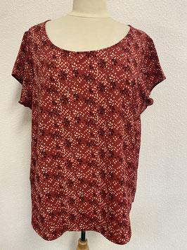 Mooi rood shirt in maat XXL