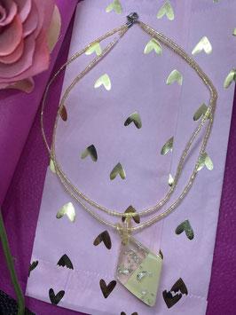 Handgemaakte parel ketting met prachtige hanger