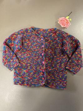 Vrolijk gekleurd gehaakt vest in maat 134/140