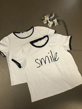 2 gave shirts van Shein in maat 152/158