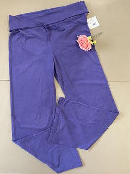 Nieuw! Mooie paarse trainingsbroek in maat XL