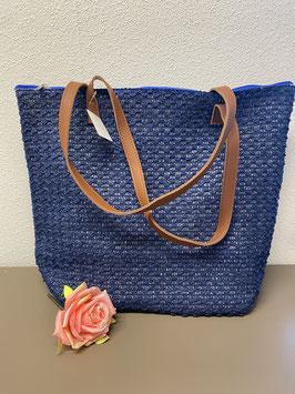 Nieuw: Een blauwe shopper in gevlochten stof