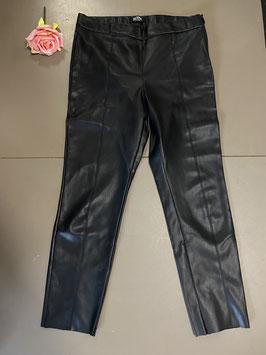 Leatherlook broek van Zara Trafaluc maat L