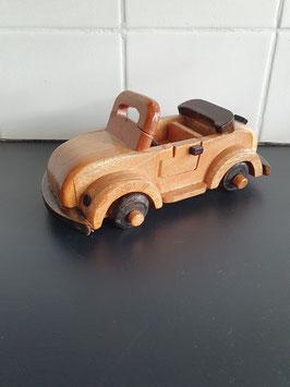 Houten model auto van 20 cm