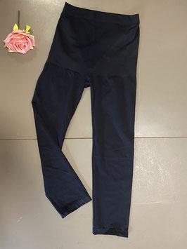 Corrigerende zwarte legging in maat XXL