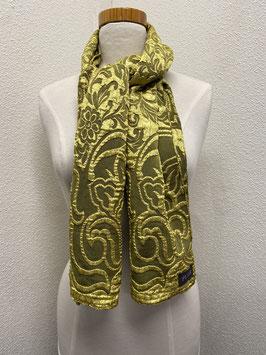 Een chique kakiigroene sjaal van Puur