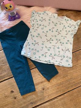 Leuk mintgroen shirt van Zara maat 98 met donkergroene legging van Esprit maat 92/98