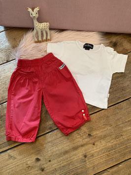Wit shirt van Villa Happ en rood broekje van Dirkje maat 68