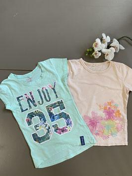 2 stoere shirts van Europe Kids en Name it in maat 98