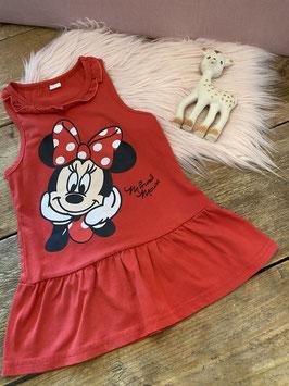 Rood Minnie Mouse jurkje in maat 98