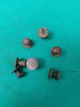 Bottone per cinghia porta fucile