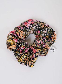 reworked scrunchie flowers