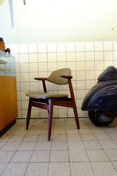Vintage Tijsseling cowhorn stoel  |  19.1103.M