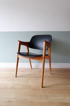Vintage stoel  |  18.828.M
