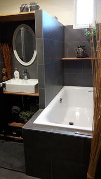 215 x 265 cm: douche-wastafel-ligbad-wasmachine-wasdroger