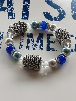 armband mit glasperlen und Kaffeekapsel Blau