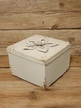 Geschenkbox mit Schleife16x16cm