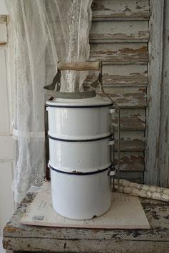 Dekorativer alter Emaille Essensbehälter