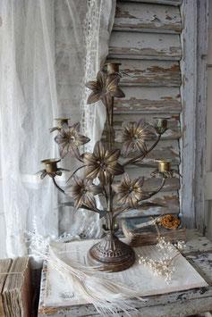 Shabby: Antiker Lilienleuchter / Altarleuchter aus Frankreich