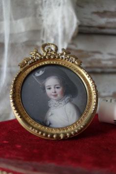 Antiker runder Bilderrahmen mit Bekrönung Frankreich