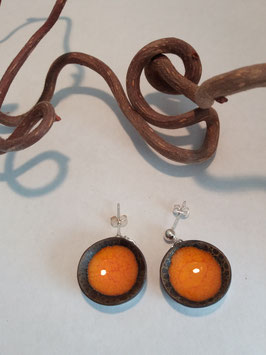 """grandes boucles d'oreilles pendantes """"magma"""" supports en laiton argenté"""