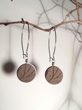 """boucles d'oreilles longues """"arbres"""" brunes supports en inox et laiton argenté"""