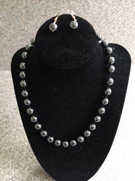 Korte geknoopte halsketting hematiet