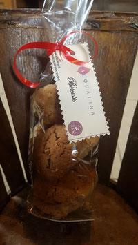 Biscuits au chocolat et noisettes/noix
