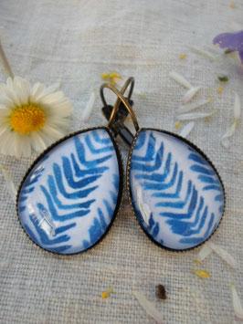 """Boucles d'oreilles cabochons 25 mm, """"bleue rayé"""""""