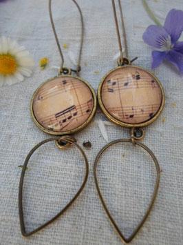 """Boucles d'oreilles cabochons """"note de musique"""""""