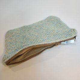 Pochette RECYCLÉE  'bleu ciel' à zip pour femme