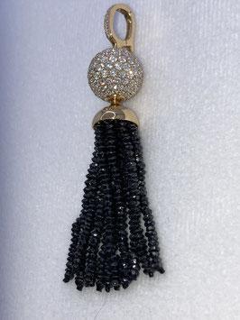 Diamantanhänger aus schwarzen Diamanten, einer Brillantwechselschließe und einem Clipverschluß mit  750/000 Gelbgold