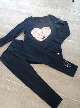 SS-26 Set LA Shirt dunkel lila mit Wendepailletten Herz ,Leggings ,unten am Bein Glitzersterne von TOM TAILOR Gr. 92/98
