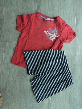 M-168 Zusammengestelltes Set, Shirt korall The Sunshine Cruiser mit dunkelblau/weiß gestreifter Shorts Gr. 74/80
