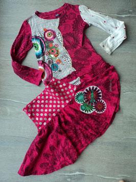 SS-206 Tolles Set LA Shirt pink bunt mit Pailletten und Perlen-Tellerrock von DESIGUAL Gr. 116