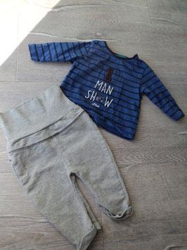 V-77 Jogger Set LA Shirt blau gestreift 1 Man Show mit Bär und Jogger mit hohem Bündchen in grau von S'OLIVER Gr. 50/56