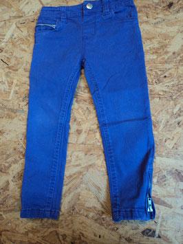 SR-11 Jeans in lila ,unten am Bein Reißverschluß Gr. 98